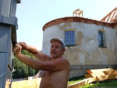 Petrovický kostel získá po letech novou střechu.