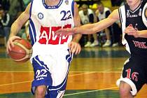 Basketbalistu Tim Henry