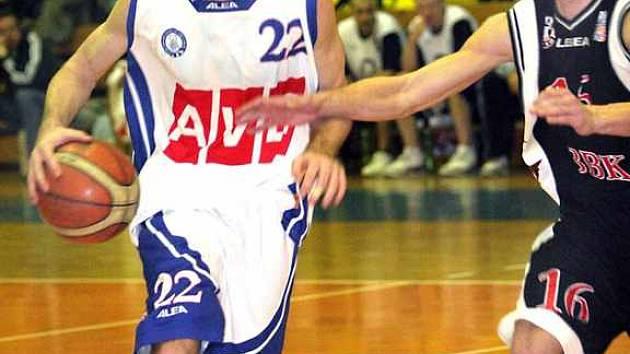 Basketbalistu Tim Henry
