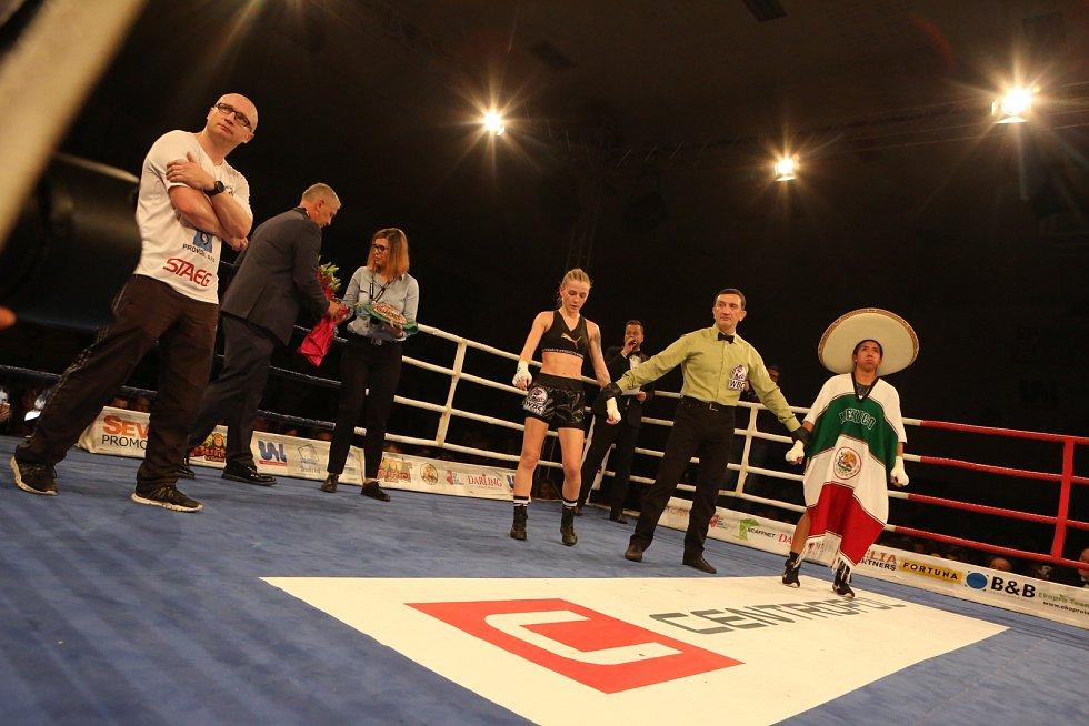 Fabiana Bytyqi vs. Maria Soledad Vargas v souboji o titul mistryně světa WBC v atomové váze