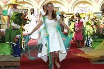 Tradiční Květinová show v Libochovicích loni oslavila již patnáct let existence. I letos je na co se těšit.