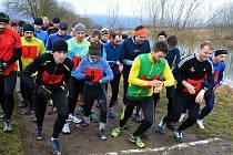 První závod běžeckého seriálu.