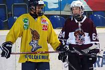 Čtrnáctiletý Australan Kale Costa (vlevo) obléká už druhým rokem dres ústeckého Slovanu.