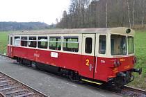 Teprve podruhé v historii se na muzeální trať Velké Březno Zubrnice dostal motorový vůz řady 810 (původně M 152.0).