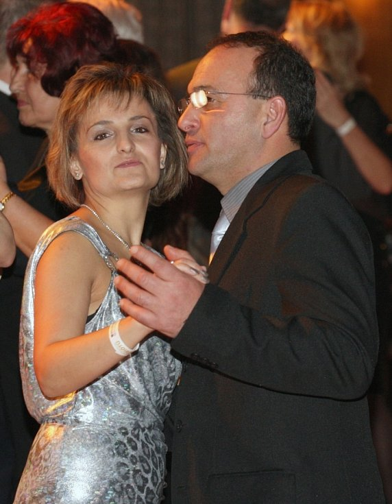 Ústečané si užívali letos již 5. Ples severočeských patriotů.