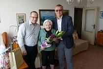 Devadesát pět let oslavila 4. března Marie Bratršovská ze Severní Terasy v Ústí nad Labem.