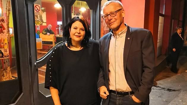 Lídr hnutí ANO v Ústí Petr Nedvědický a poslankyně Eva Fialová