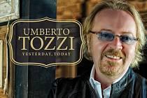 Slavný italský zpěvák Tozzi připomene návštěvníkům plesu své velké hity Tu, Gloria nebo Ti amo.