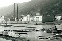 Průmysl sice přivedl město z provinciální malosti na samotné hospodářské vrcholy monarchie, ale pracovní podmínky uvnitř fabrik, zvenčí neviditelné, byly otřesné.