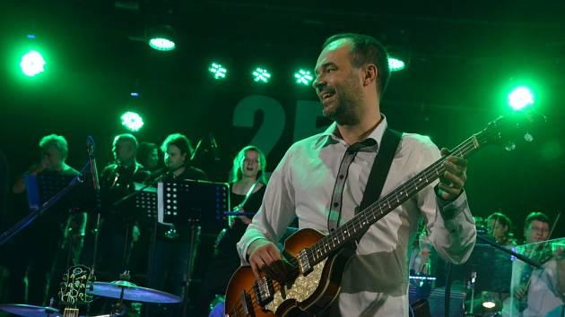 Vánoční koncert The Boom v DK Ústí.