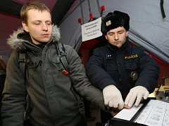Cvičení záchytu migrantů proběhlo v Petrovicích.
