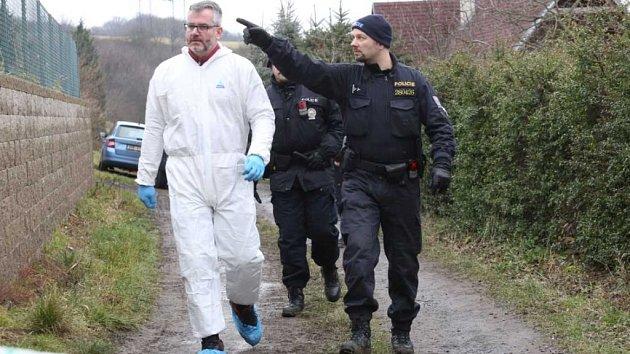 Tři mrtvoly nalezli policisté v zahrádkářské osadě Český Újezd na Ústecku