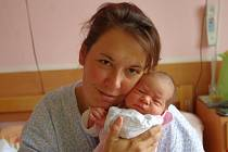 Adéla Šnorová, se narodila v ústecké porodnici dne 10. 5. 2013 (9.00) mamince Lucii Šnorové, měřila 49 cm, vážila 3,15 kg.