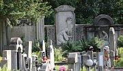 Hřbitov v Krásném Březně.