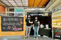 Kukang Coffee podporuje zaměstnance ústecké nemocnice.