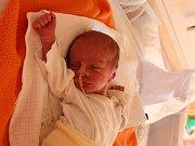 Tomáš Tschakert se narodil v ústecké porodnici 22.8.2016 (18.02) Marii Tschakertové. Měřil 39 cm, vážil 1,67 kg.