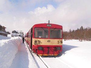 Motorový vlak řady 810