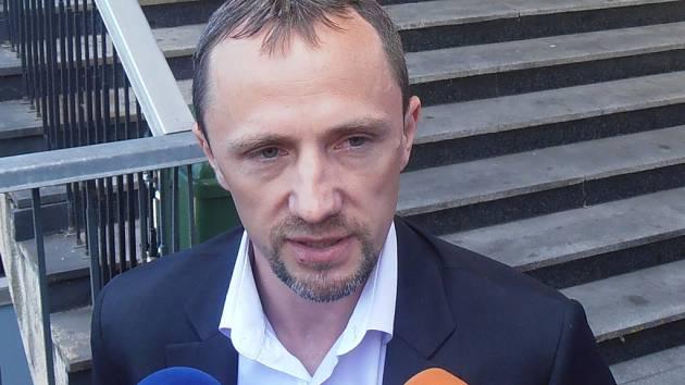 Leo Steiner.