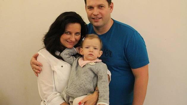 Romaně Johanovské a Miroslavu Kubínovi se narodila Adélka 28. ledna 2016 o deset týdnů dříve. Vážila pouhých 740 gramů.