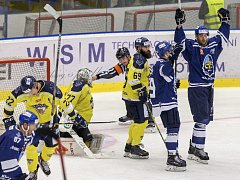 Ústečtí hokejisté (žlutí) prohráli v Kladně 0:3.