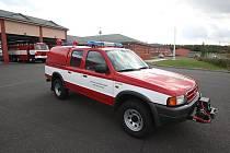 Automobilová technika hasičů připravená k bleskovému zásahu nejen na D8, ale i v okolních obcích.