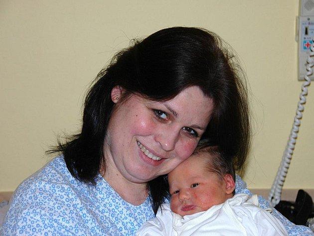 Sabina Kernerová,  porodila v ústecké porodnici dne 3. 2. 2012 (15.28) dceru Terezu (52 cm, 3,925 kg).