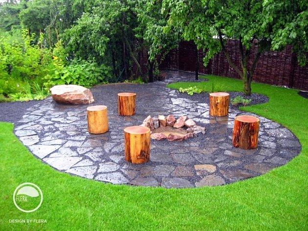 Jestliže přemýšlíte, jak zkrášlit svoji zahradu a zároveň chcete jít s dobou, nechte se inspirovat letošními trendy.