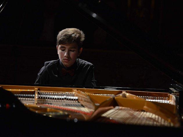 Absolutní vítěz Pianoforte Zvjezdan Vojvodič.