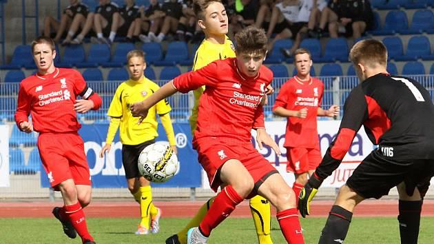 Fotbalisté věhlasného Liverpoolu věkové kategorie U16 se do Ústí nad Labem vracejí přesně po roce.
