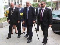Prezident Miloš Zeman přijel v úterý 19. června 2018 na třídenní návštěvu Ústeckého kraje.