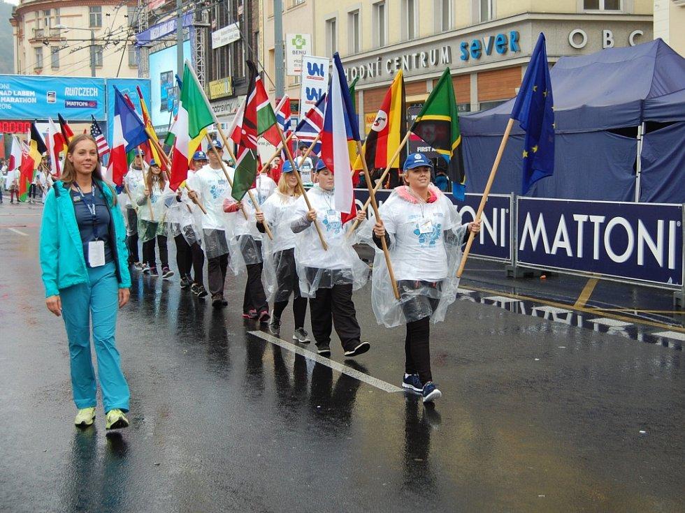 Ústecký půlmaraton 2016, vlajkonoši.