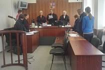 Před soud Jitka Hájková-Vojtíšková nedorazila, rozsudek si vyslechla její dcera.