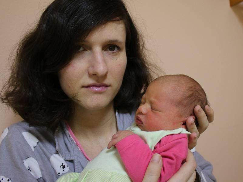 Josefína Šišková se narodila v ústecké porodnici 22.1.2017 (11.02) Julii Šiškové. Vážila 3,1 kg.