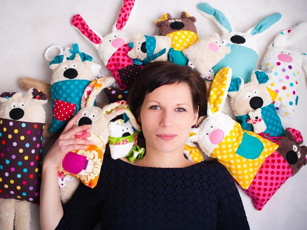 Pavla Hazuchová Kudrlová vyhrála v roce 2013 s projektem originálních hraček s názvem DOrTy.
