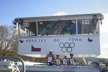 Posádka Pamely drží na dálku pěsti všem českým sportovcům na olympijských hrách v Soči.