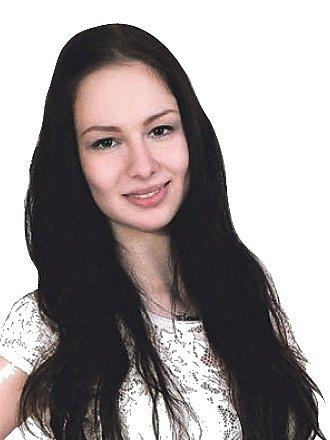 Elena Hajdanková, Veprty.