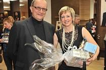 Helena Olexová s manželem Antonínem, který ji do soutěže přihlásil.