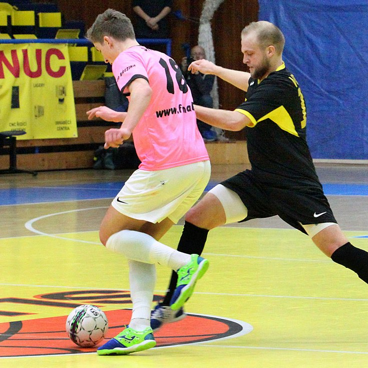 Fotogalerie ze zápasu 2. futsalové ligy Rapid Ústí n. L. - Malibu Mladá Boleslav