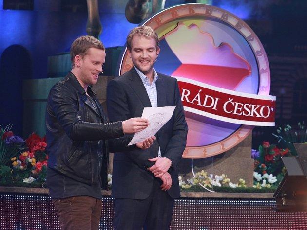 Spíkr Libor Bouček a šéf týmu Jakub Prachař v pořadu Máme rádi Česko.