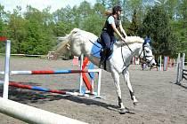 Amatérský jezdecký hobby seriál 2015 pokračoval 3. kolem.
