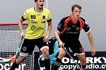 Mikuláš Krbec (ve žlutém) v dresu Sparty v zápase proti Ústí nad Labem