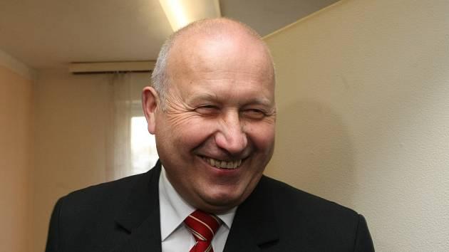 Hejtman Ústeckého kraje Oldřich Bubeníček (KSČM).