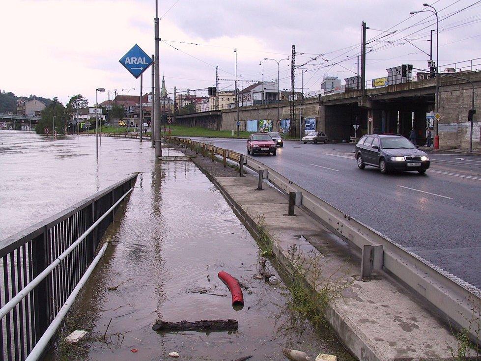 Povodeň v Ústí nad Labem v roce 2002 objektivem Františka Ročka