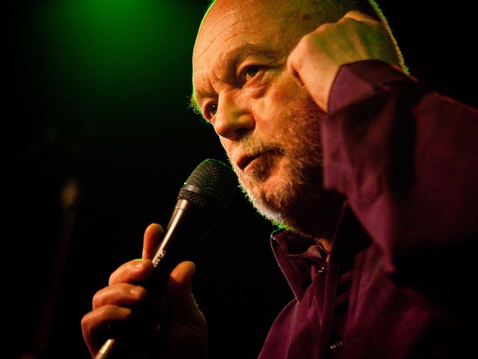 Peter Lipa. Hvězda slovenského jazzu a blues v Malostranské besedě.