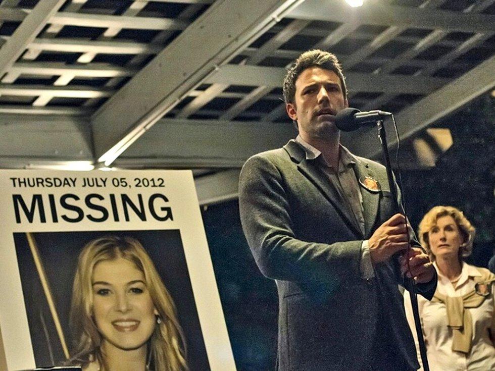 Zmizelá žena se nevrací. Uvidí ještě někdy Ben Affleck svou manželku? Uvidíme...