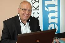 Hostem online rozhovoru se čtenáři Deníku byl hejtman Ústeckého kraje Oldřich Bubeníček.