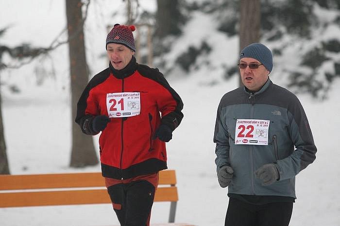 Silvestrovský běh v parku Městké sady.