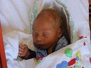 Matěj Burian ml. se narodil Janě Šebkové a Matěji Burianovi st. z Ústí nad Labem 2. září v 21.44 hod. v ústecké porodnici. Měřil 53 cm a vážil 3,9 kg.
