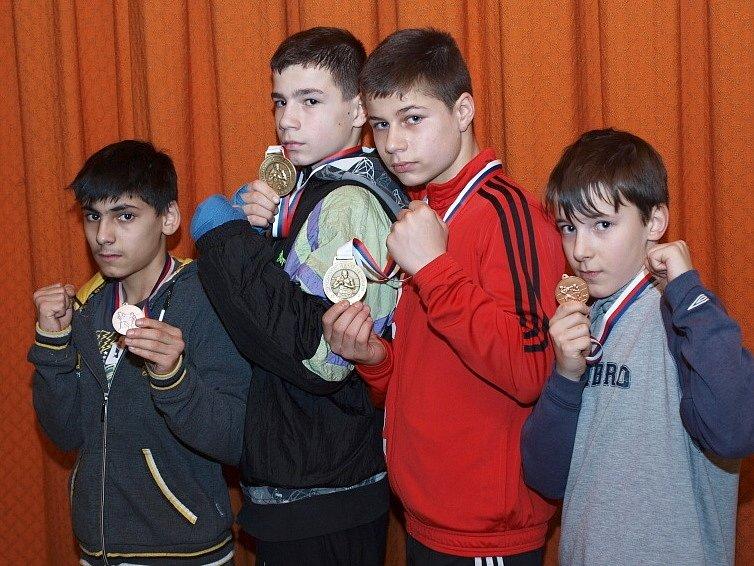 Zlatí boxeři z Chlumce i Ústí.