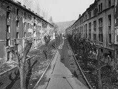 Mizející ulice Na Nivách.